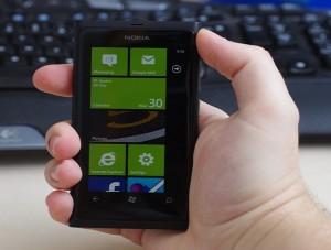 Cum se curata ecranul tactil al telefonului?