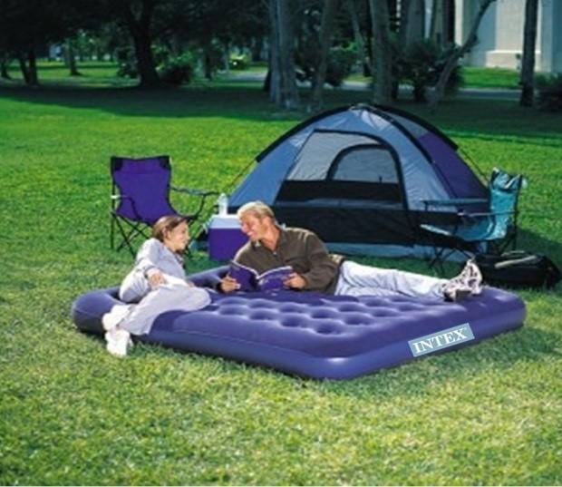 Sfaturi -Esentiale-pentru-o-seara-de-camping-REUSITA