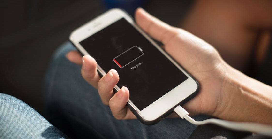 Remedierea problemelor cu bateria in iOS 11 si 12