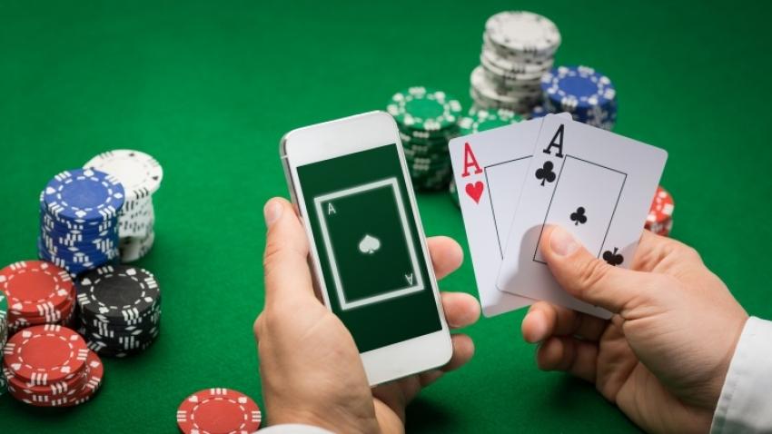 Ce aplicatii de poker preferati?
