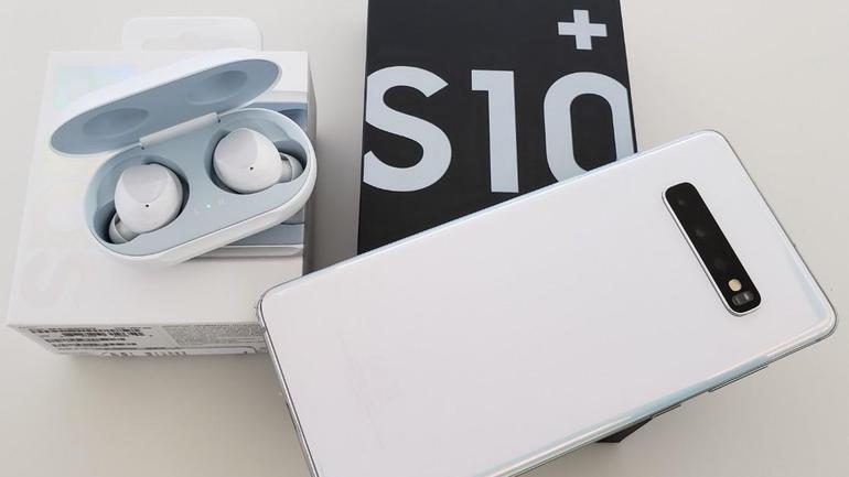 Ce probleme poate avea un display de Samsung Galaxy S10 Plus?