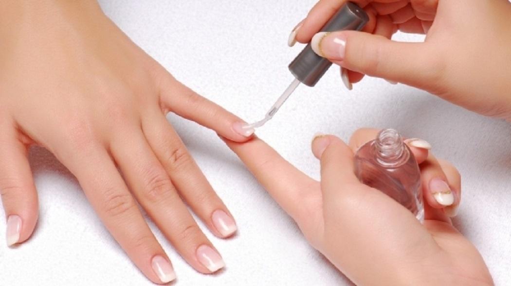Ghiduri generale pentru aplicarea unghiilor acrilice