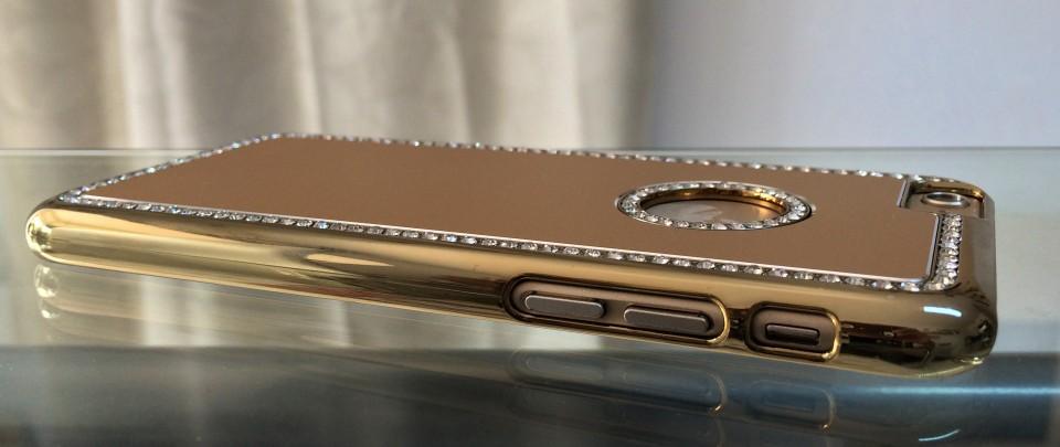 Despre-carcasele-personalizate-pentru-iPhone